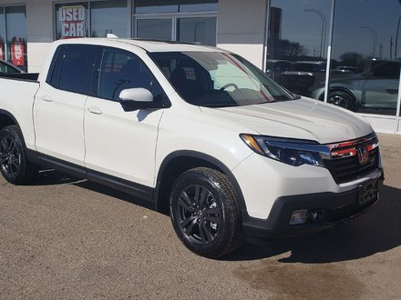 2017 Honda Ridgeline Sport Certified Rmt Start - Just arrived