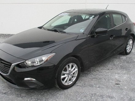 2018 Mazda Mazda3 Sport GS Save Thousands Htd Seats Camera