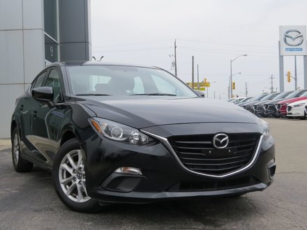 2016  Mazda3 GS|NAVIGATION|HEATED SEATS|ONE OWNER