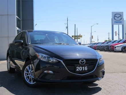 2016  Mazda3 GS|MOONROOF|ONE OWNER