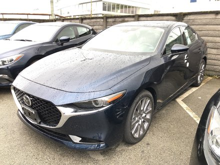 2019 Mazda Mazda3 GT Sleek, Stylish, and loaded with options! Click