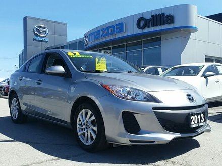 2013 Mazda Mazda3 GREAT FIRST CAR!!