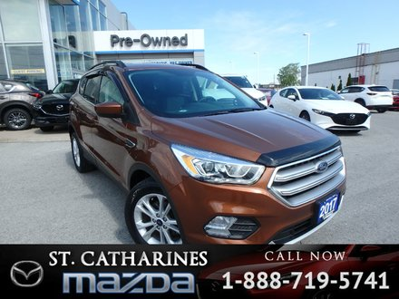 2017 Ford Escape SE( Bluetooth,Back-up Camera, FWD)