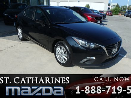 2015  Mazda3 GS ( Bluetooth, Camera, Cruise control)