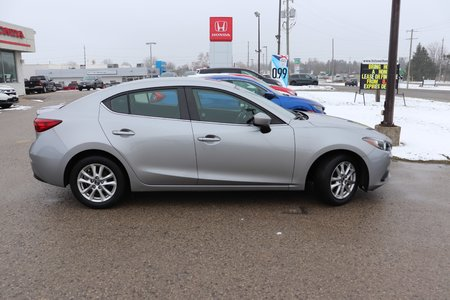 2014 Mazda Mazda3 GS-SKY- ONE OWNER- ACCIDENT FREE