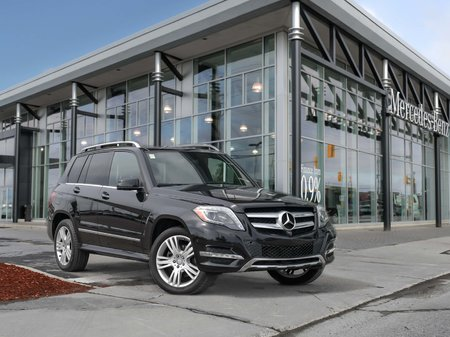 2015 Mercedes-Benz GLK250 Navigation, Heated seats, Heated steering