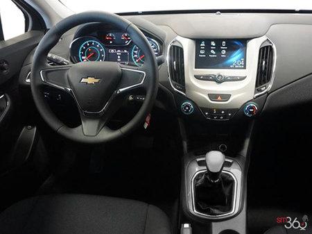 Chevrolet Cruze L 2017 - photo 2