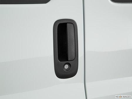 Chevrolet Express 3500 PASSENGER LT 2017 - photo 2