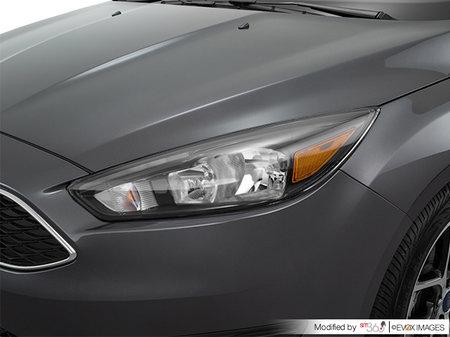 Ford Focus Hatchback SEL 2017 - photo 3