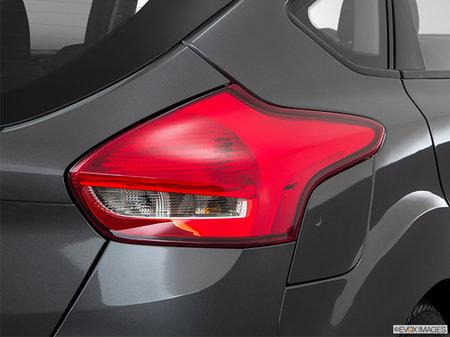 Ford Focus Hatchback SEL 2017 - photo 4