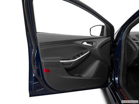 Ford Focus Hatchback ST 2017 - photo 2