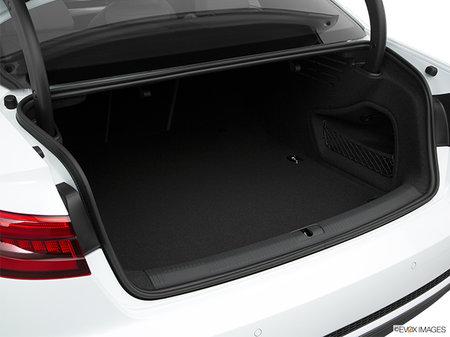 Audi A4 Sedan Komfort    2018 - photo 2