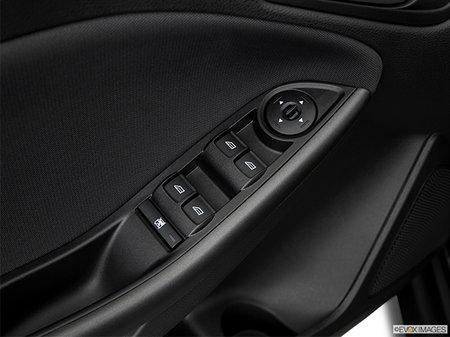 Ford Focus Sedan SEL 2018 - photo 3