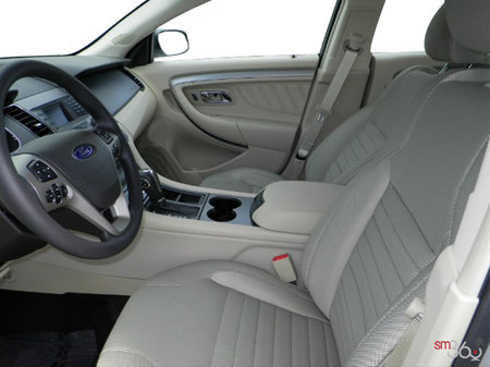 Ford Taurus SE 2018 - photo 2