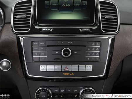 Mercedes-Benz GLE 550 4MATIC 2018 - photo 3