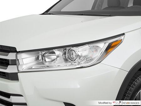 Toyota Highlander LE V6 AWD 2018 - photo 1