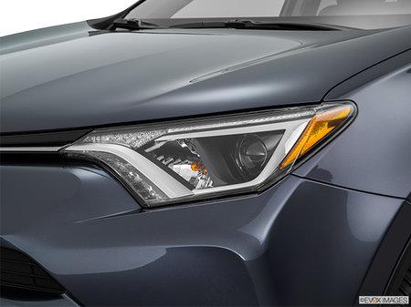 Toyota RAV4 Hybrid LE+ 2018 - photo 1