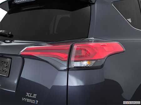 Toyota RAV4 Hybrid LE+ 2018 - photo 2