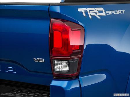 Toyota Tacoma 4X4 DOUBLE CAB V6 6A 2018 - photo 2