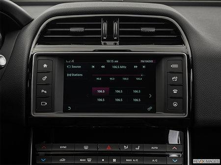 Jaguar XE S 2018 - photo 4