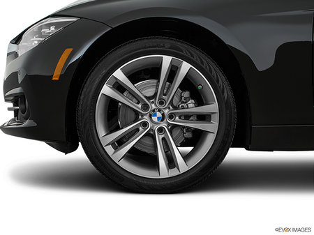 BMW 3 Series Touring 330i xDrive 2019 - photo 4