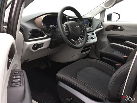 Chrysler Pacifica L 2019 - photo 1
