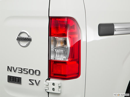Nissan NV Passenger 3500 SV 2019 - photo 2