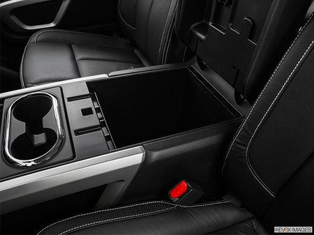 Nissan Titan XD Gas PRO-4X 2019 - photo 1