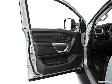 Nissan Titan XD Gas SV 2019 - photo 2