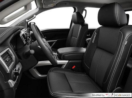 Nissan Titan PRO-4X 2019 - photo 2