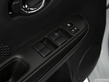 Nissan Versa Note S 2019 - photo 3