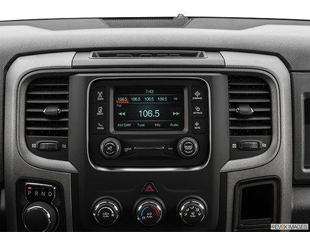 RAM 1500 Classic SXT Plus 2019 - photo 3