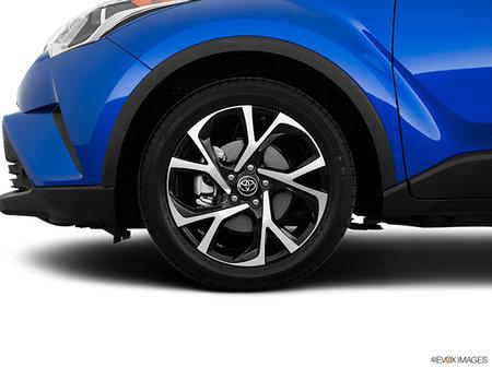 Toyota C-HR XLE Premium 2019 - photo 4