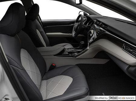 Toyota Camry Hybrid XLE 2019 - photo 2