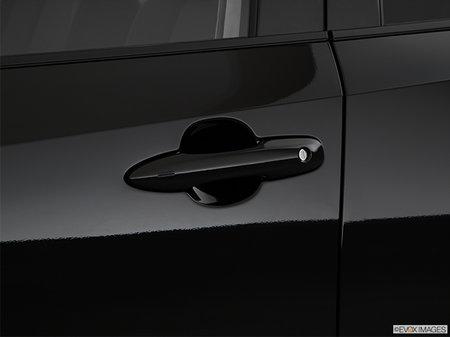 Toyota Corolla Hatchback SE Upgrade 2019 - photo 2