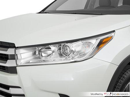 Toyota Highlander LE V6 AWD 2019 - photo 1