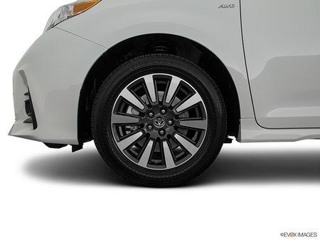 Toyota Sienna LE AWD V6 7-PASS 8A 2019 - photo 1