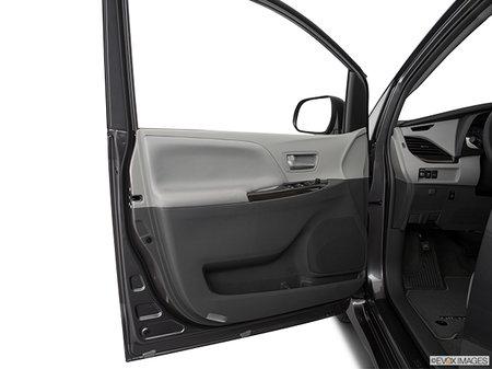 Toyota Sienna XLE AWD 7-PASS 8A 2019 - photo 3