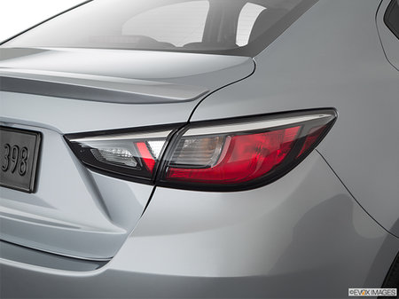 Toyota Yaris Berline XLE 2019 - photo 4
