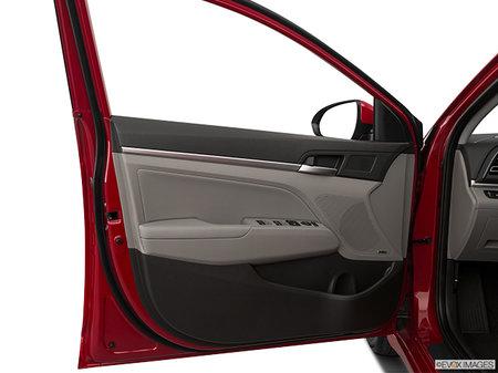 Hyundai Elantra LUXURY 2020 - photo 2