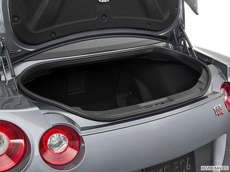 Nissan GT-R PREMIUM  2020 - photo 2