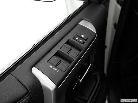Toyota 4Runner Nightshade 7-Passenger 2020 - photo 3