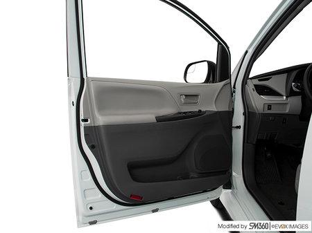 Toyota Sienna CE FWD 7-PASS 2020 - photo 3