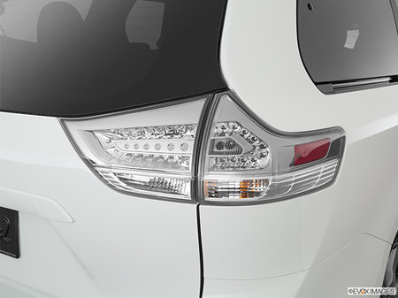 Toyota Sienna SE FWD 8-PASS 2020 - photo 1