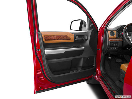 Toyota Tundra 4X4 Crewmax SB Platinum  2020 - photo 2