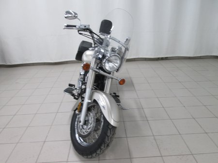 Yamaha V-Star 650 Custom XVS650 2003