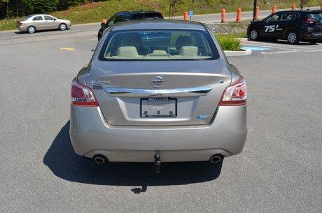 2013 Nissan Altima SV  A/C COMMANDE VOCALE BLUETOOTH ET PLUS ENCORE