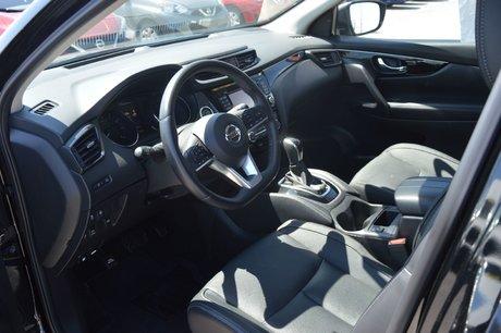 2017 Nissan Qashqai SL AWD PLATINUM TOIT CUIR NAVIGATION