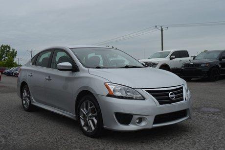 2014 Nissan Sentra SR AUTOMATIQUE TOIT OUVRANT GPS A/C  BLUETOOTH