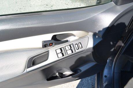 2010 Toyota Matrix A/C SEULEMENT 98 000KM